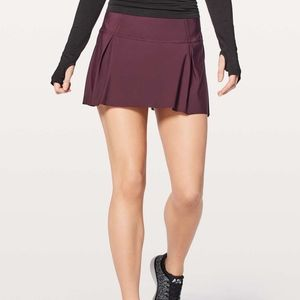 lululemon lost in pace tennis skirt burgundy -tall
